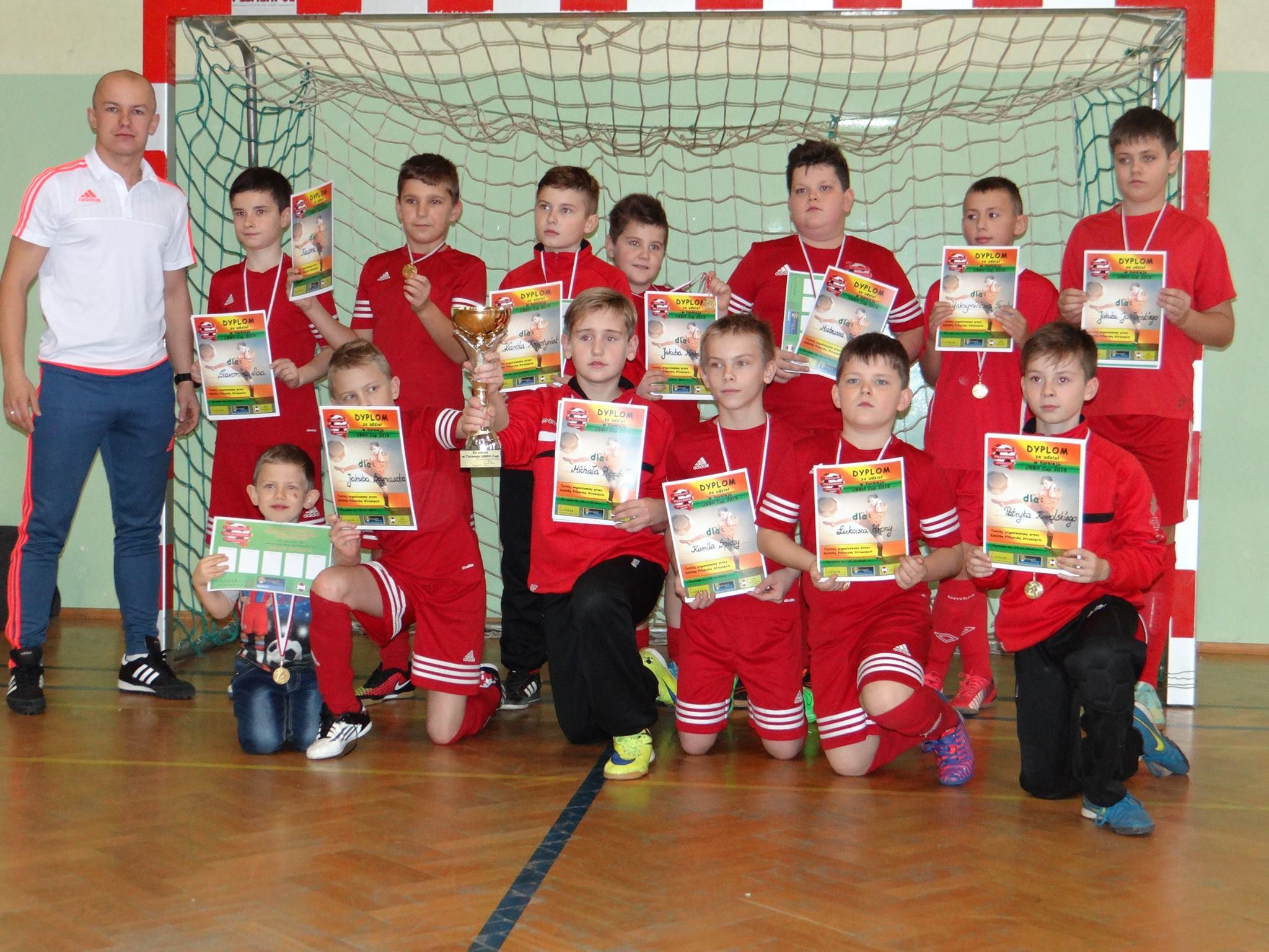 da79936cf116 Stowarzyszenie zajmuje się trenowaniem dzieci. Naszym celem jest rozwój  umiejętności piłkarskich od najmłodszych lat.